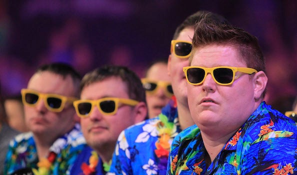 TheO2_Blog_Darts_15_Hawaiian_shirt_crew.jpg