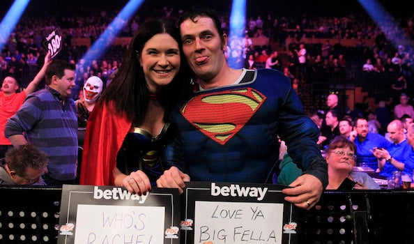 TheO2_Blog_Darts_6_Superman_&_Wonder_Woman.jpg